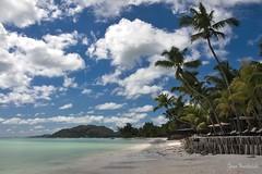 Anse Volbert (Red Greg) Tags: ansevolbert seychelles praslin palme palmtree beach strand paradies paradise clouds bluesky