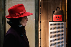 (samrodgers2) Tags: red hat bondstreet bag envy fujixpro2 london londonstreetphotography