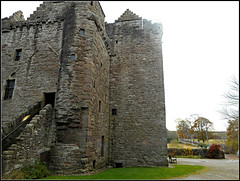 (ruin of) Huntingtower Castle (juzzie_snaps) Tags: castle
