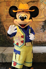 Mickey Mouse (sidonald) Tags: disneysea disney mickey mickeymouse greeting tds ディズニー ディズニーシー ミッキー シー グリーティング