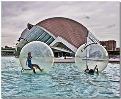 Dribble (Jajaxel) Tags: water valencia ball spain nadia games calatrava acqua spagna giochi palla valenzia cittadellascienza jajaxel