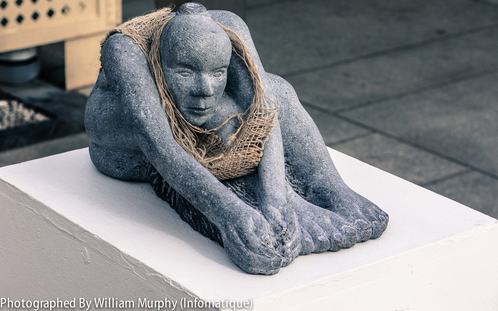 Flax Weaver By Sonia Caldwell - Sculpture In Context 2013