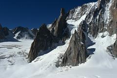 Chamonix, massif du Mont-Blanc, glacier du Gant (Ytierny) Tags: france horizontal trace neige chamonix crevasse montblanc glace alpinisme randonne hautesavoie valleblanche et srac corde massifdumontblanc hautemontagne glacierdugant alpesdunord ytierny