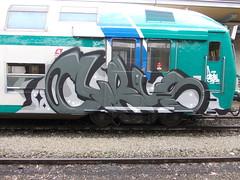 Immagine 090 (en-ri) Tags: train writing torino graffiti grigio blow crew cyrus nero fumo