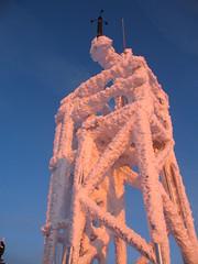 Raureif am Windmast (Deutscher Wetterdienst (DWD)) Tags: schnee frost wolken eis reif klte gltte