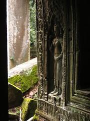 Cambodia-Angkor Wat - Apsara in stone