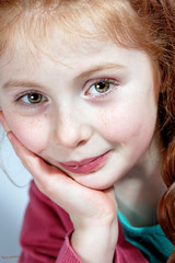 Lou (zebrazoma) Tags: portrait eye beauty face digital pose studio model nikon ranger child dish oeil yeux hybrid bol quadra visage modele chidren skyport d4 105mm beaute elinchrom sekonic 70cm strobist l358 vision:text=056