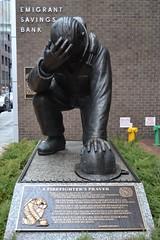 The Kneeling Fireman (Fernando Bryan Frizzarin) Tags: new york usa nova banco bank eua fireman kneeling immigrant imigrante bombeiro iorque milstein ajoelhado