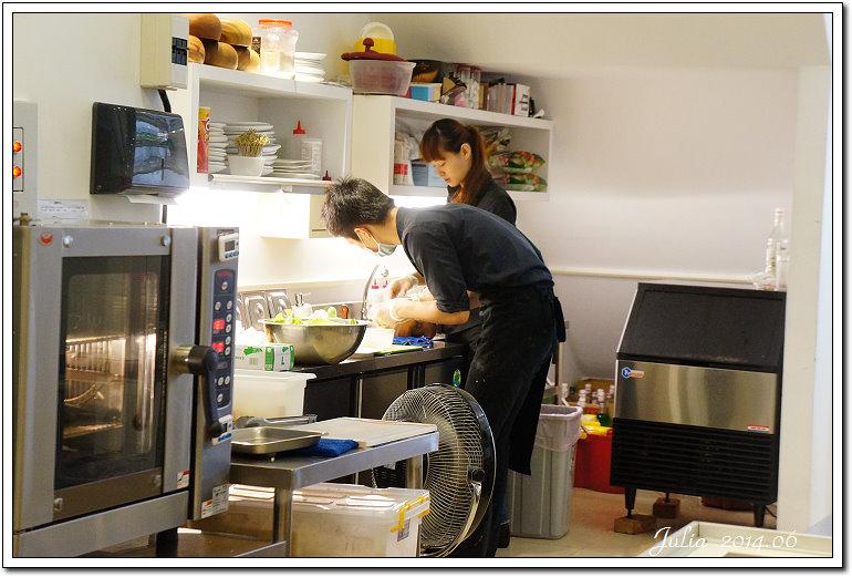 R9 cafe~ (12)