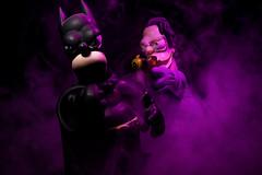 Reto Humo -!!SORPRESA!! HA HA HAHAHA!!!- (Alyaz7) Tags: nikond7200 lentenikonnikkorafs40mm128gdxmicro rawquality flashyongnuoyn560ii flashtriggersyongnuorf603nii técnicastrobist retohumo smoke batman thejoker surprise darkness oscuridad morado purple lowkey clavebaja tripiedolicagx600b200 escenadelcrimen crimescene suspenso drama superheroe supervillano
