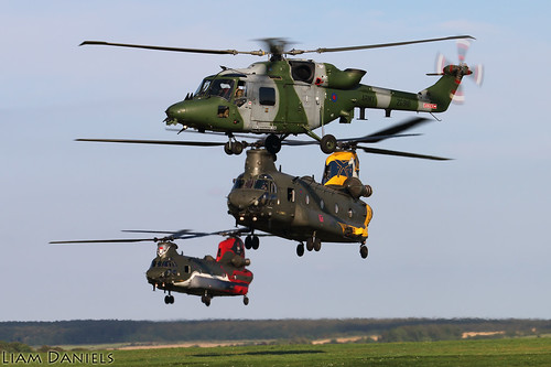 B-V Chinook HC4 - ZA683 - ZA712 and WS Lynx AH9A - ZG916