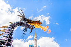 Maleficent (NOLA_2T) Tags: walt waltdisney waltdisneyworld wdw partners mickeymouse sky clouds blue dof orlando kissimmee baylake florida fl d610 nikon statue trees