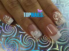 Uas Acrlicas con esmalte tradicional, Glitter Plata y Cristales Swarovski.(Acrylic Nails with traditional enamel, silver Glitter and Swarovski Crystals)  (topnails.chile) Tags: nails nailart nailsart nail uas uasdecoradas uasacrlicas uasgel artnail artnails topnails topnailscl swarovski acrlicas acrylic glitter glam uoa enamel french unasacrilicas acrylicnails nailspolish nailswang nailsdesing nailstyle