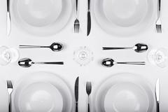 bon appetit (*Chris van Dolleweerd*) Tags: plate table knife fork spoon glass wineglass diner dinertable bw chrisvandolleweerd highkey food strobist studio 50mm