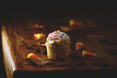 Trick or Treats (Caroline.32) Tags: cupcake mini miniature fall fallcolors leaves candy candycorn nikond3200 catchycolors 55300mmlens food foodphotography halloween trickortreats