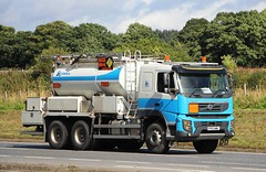 VOLVO FMX - ORICA (scotrailm 63A) Tags: lorries trucks tankers