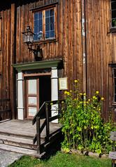 IMG_7993-1 (Andre56154) Tags: schweden sweden sverige blume flower holzhaus house building gebude tr door