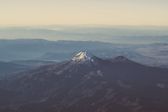 Volcanos III (Valo Alvarez) Tags: popocatepetl iztaccihuatl volcan volcanes volcanos mountain montaas sierra mexico puebla canon landscape flying airplane textures sky earth tierra colors