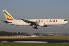 Boeing 767-3BG/ER – Ethiopian Airlines – ET-AMF – Brussels Airport (BRU EBBR) – 2012 08 11 – Landing RWY 02 – 01 – Copyright © 2012 Ivan Coninx (Ivan Coninx Photography) Tags: ivanconinx ivanconinxphotography photography aviationphotography boeing boeing767 boeing767300 boeing7673bger 767 b767 767300 b767300 7673bger 763 b763 ethiopianairlines ethiopian brusselsairport bru ebbr etamf aviation spotting