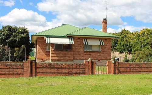 71 Rose Street, Inverell NSW 2360