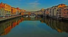 florence ponte vecchio arno (CLAUDE ROUGERIE) Tags: sunset water sky red nature blue light sun clouds city river news floren pont vecchio arno claude rougerie