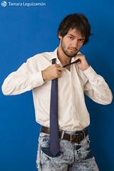 Emanuel (Tamara L. Leguizamón) Tags: emanuel personas retrato azul traje poses modelo