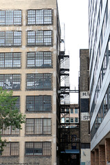 Alley in MPLS (Rick & Bart) Tags: minneapolis minnesota twincities city urban usa architecture alley fireescape rickvink rickbart canon eos70d