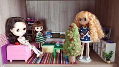 How's this spot? (janetsaw) Tags: moof dollhouse doll duna living blythe parsimony minij