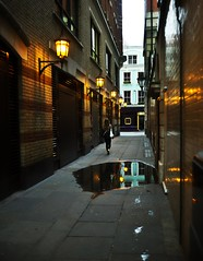 Foot prints 2 (duncan!) Tags: leica ltm streets london water 35mm canon reflections lights alley shadows darkness footprints walkers f20 m9p