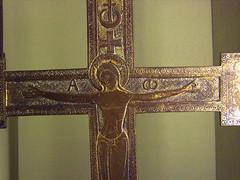 crucified (Simon_K) Tags: paris france art church museum catholic religion medieval musée catholicism middleages 14thcentury parisian cluny francais 16thcentury 13thcentury 15thcentury moyenage parisien pariswander pariswanderblogspotcouk