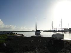 atardecer en carenero (alonsotegui) Tags: atardecer botes barcos venezuela turismo playas higuerote veleros barlovento carenero
