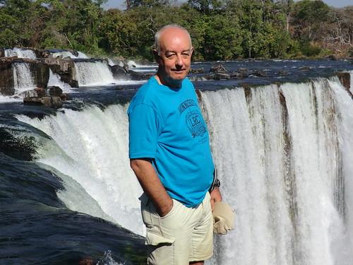 Zambia. Catarata Lumangwe. Estoy al borde de la caída de la catarata Lumangwe