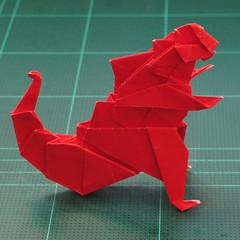 การพับกระดาษเป็นรูปสัตว์ประหลาดก็อตซิล่า (Origami Gozzila) 053