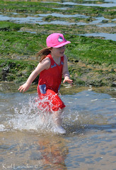Look... SPLASH!!! (karllaundon) Tags: family sea summer sun cute beach fun happy seaside day child laugh northeast rockpool redcar