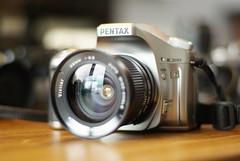 My first love too! (benjvis13) Tags: 50mm minolta pentax sony m42 17 vivitar cameraporn