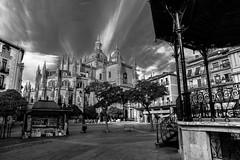 catedral y plaza mayor, segovia (phooneenix) Tags: catedral plazamayor segovia