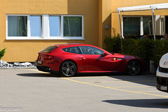 Ferrari FF (aguswiss1) Tags: ferrariff ferrari ff supercar sportscar fastcar redcar parked car auto