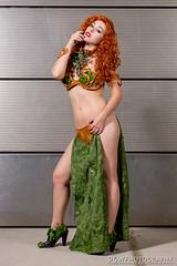 Slave Princess Poison Ivy (dgwphotography) Tags: cosplay nycc nycc2016 newyorkcomiccon 70200mmf28gvrii nikond600 nikoncls
