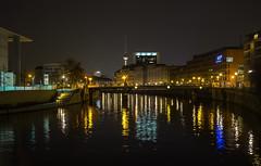 Berlin 09042016 193 2048 (Dirk Buse) Tags: berlin deutschland deu olympus de germany zuiko 124028 1240 nacht night langzeit lichter stadt wasser farbe color city water omd em1 mft 43 m43