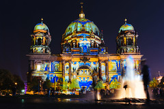 Berliner Dom (DOKTOR WAUMIAU) Tags: d7200 ishootraw nikon berlin festivaloflights lightroom night nightphotography sigma vscofilm longexposure tokina1116