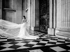 Dressed For Lunch (Sean Batten) Tags: ricoh gr london england uk blackandwhite bw wedding bride stpauls weddingdress