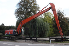 Long reach excavator (Schwanzus_Longus) Tags: delmenhorst german germany japan japanese new modern excavator construction machine building digger digging long boom reach orange bagger baumaschine hasbergen hitacho zx zaxis 280 lcn