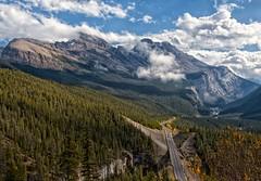 Icefields Parkway (Philip Kuntz) Tags: icefieldsparkway cirrusmountain bigbend bighill scenichighways banff banffnationalpark alberta canada
