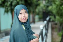 zenitar-7115 (micro2ko) Tags: fujifilmxe2 fujifilm xe2 godoxv860n godox v860 hijab women green zenitar zenitarm50mmf17 kmz manuallens manualfocus lensamanual portlait outdoor smile