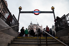 Piccadilly Circus (Paola Salvanelli) Tags: inghilterra londra london iconic city travel metro undergroung piccadillycircus