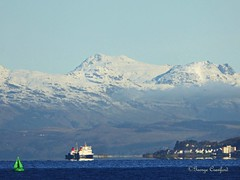 Snow Hills North of Cumbrae (g crawford) Tags: crawford ayrshire northayrshire cumbrae bigcumbrae greatcumbrae millport clyde riverclyde firthofclyde calmac caledonianmcbrayne ferry roro wemyssbay rothesay water seaside