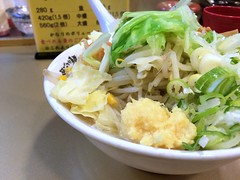 Ramen topped with vegetables from Gottu @ Kameido (Fuyuhiko) Tags: ramen topped with vegetables from gottu kameido       tokyo