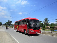 LAND CAR INCORPORATED (PINOY PHOTOGRAPHER) Tags: maco compostela valley bus mindanao philippines asia world