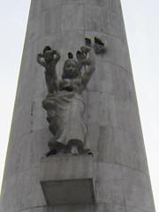 IMG_8929 (zaqina) Tags: monument amsterdam john de paul vrede dam anton op johannes oud vrouw jjp grégoire nationaal vrouwfiguur rädecker