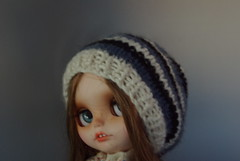 Try to match different colors on this blythe hat